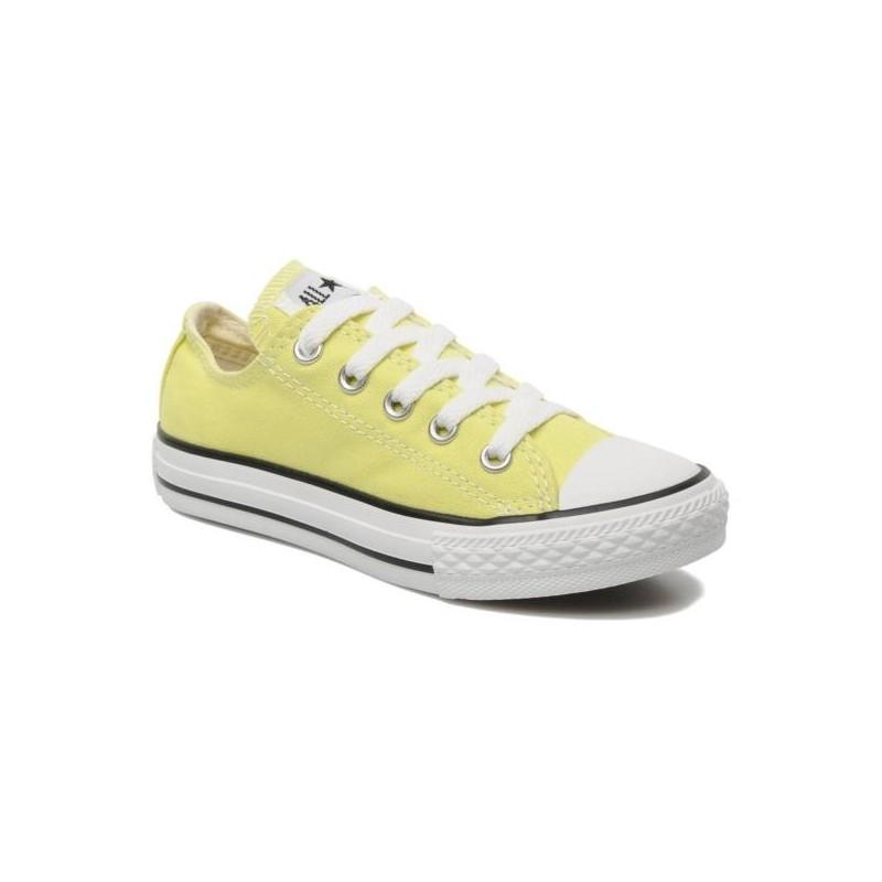 converse en amarillo